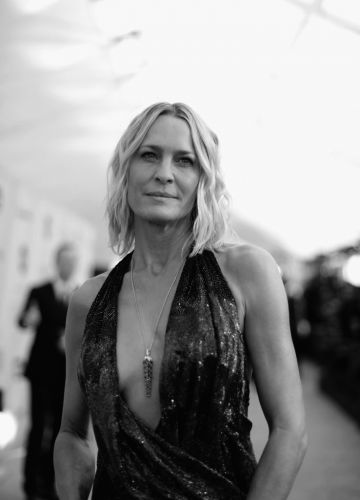 LOS ANGELES, CA - JANUARY 27:  (EDITORS NOTE: Image has been converted to black and white.)  Robin Wright attends the 25th Annual Screen Actors Guild Awards at The Shrine Auditorium on January 27, 2019 in Los Angeles, California. 480620  (Photo by Charley Gallay/Getty Images for Turner)