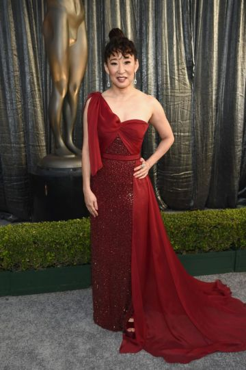 LOS ANGELES, CA - JANUARY 27:  Sandra Oh attends the 25th Annual Screen Actors Guild Awards at The Shrine Auditorium on January 27, 2019 in Los Angeles, California. 480595  (Photo by Dimitrios Kambouris/Getty Images for Turner)