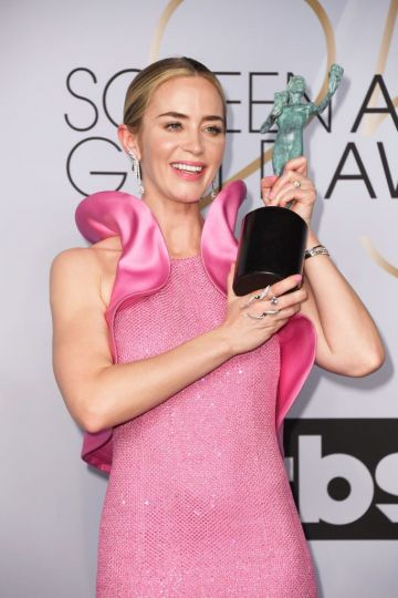LOS ANGELES, CA - JANUARY 27:  Emily Blunt, winner of Outstanding Performance by a Female Actor in a Supporting Role for 'A Quiet Place,' poses in the press room during the 25th Annual Screen ActorsGuild Awards at The Shrine Auditorium on January 27, 2019 in Los Angeles, California.  (Photo by Frazer Harrison/Getty Images)