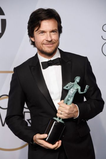 LOS ANGELES, CA - JANUARY 27:  Jason Bateman, winner of Outstanding Performance by a Male Actor in a Drama Series for 'Ozark,' poses in the press room during the 25th Annual Screen ActorsGuild Awards at The Shrine Auditorium on January 27, 2019 in Los Angeles, California.  (Photo by Frazer Harrison/Getty Images)