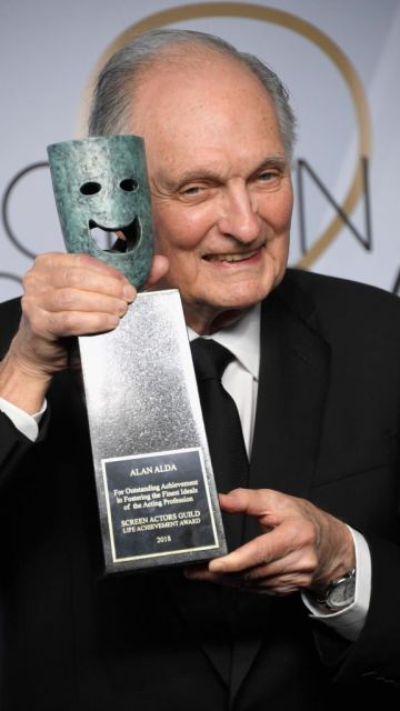 LOS ANGELES, CA - JANUARY 27:  Honoree Alan Alda, recipient of the SAG Life Achievement Award, poses in the press room during the 25th Annual Screen ActorsGuild Awards at The Shrine Auditorium on January 27, 2019 in Los Angeles, California.  (Photo by Frazer Harrison/Getty Images)