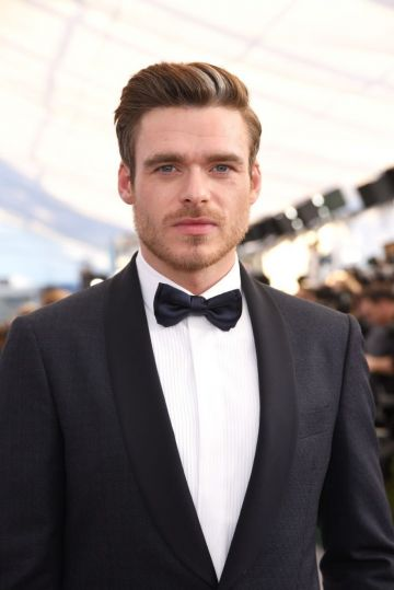 LOS ANGELES, CA - JANUARY 27:  Richard Madden attends the 25th Annual Screen Actors Guild Awards at The Shrine Auditorium on January 27, 2019 in Los Angeles, California.  (Photo by Presley Ann/Getty Images)