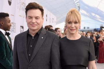 LOS ANGELES, CA - JANUARY 27:  Mike Myers and Kelly Tisdale attends the 25th Annual Screen Actors Guild Awards at The Shrine Auditorium on January 27, 2019 in Los Angeles, California.  (Photo by Presley Ann/Getty Images)