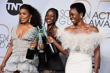 LOS ANGELES, CA - JANUARY 27:  (L-R) Angela Bassett, Lupita Nyong'o, and Danai Gurira pose in the press room during the 25th Annual Screen Actors Guild Awards at The Shrine Auditorium on January 27, 2019 in Los Angeles, California. 480645  (Photo by Gregg DeGuire/Getty Images for Turner)