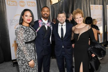 LOS ANGELES, CA - JANUARY 27:  (L-R) Jamila Jordan, Michael B. Jordan, Andy Serkis, and Lorraine Ashbourne attend the 25th Annual Screen Actors Guild Awards at The Shrine Auditorium on January 27, 2019 in Los Angeles, California.  (Photo by Kevork Djansezian/Getty Images)