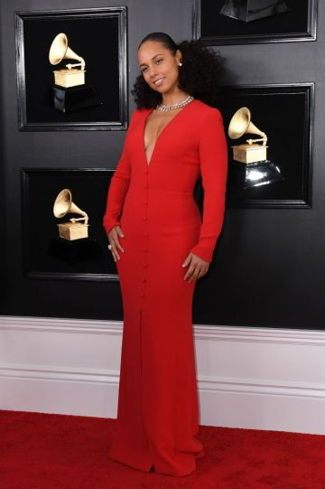 Host US singer-songwriter Alicia Keys arrives for the 61st Annual Grammy Awards on February 10, 2019, in Los Angeles. (Photo by VALERIE MACON / AFP)        (Photo credit should read VALERIE MACON/AFP/Getty Images)
