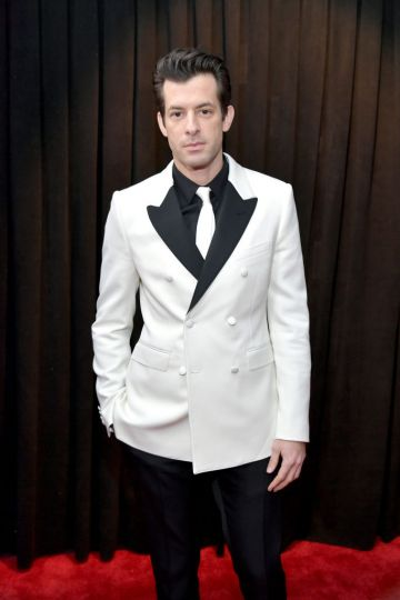 LOS ANGELES, CA - FEBRUARY 10:  Mark Ronson attends the 61st Annual GRAMMY Awards at Staples Center on February 10, 2019 in Los Angeles, California.  (Photo by Neilson Barnard/Getty Images for The Recording Academy)