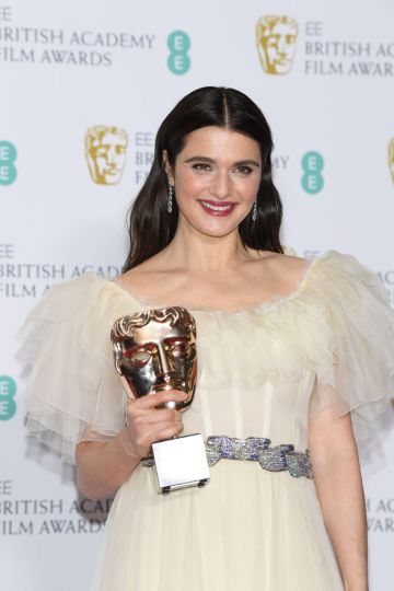 LONDON, ENGLAND - FEBRUARY 10:  Winner of the Supporting Actress award, Rachel Weisz poses in the press room during the EE British Academy Film Awards at Royal Albert Hall on February 10, 2019 in London, England. (Photo by Pascal Le Segretain/Getty Images)