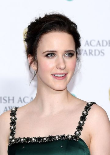 LONDON, ENGLAND - FEBRUARY 10:  Rachel Brosnahan poses in the press room during the EE British Academy Film Awards at Royal Albert Hall on February 10, 2019 in London, England. (Photo by Pascal Le Segretain/Getty Images)
