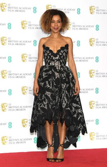 LONDON, ENGLAND - FEBRUARY 10:  Sophie Okonedo poses in the press room during the EE British Academy Film Awards at Royal Albert Hall on February 10, 2019 in London, England. (Photo by Pascal Le Segretain/Getty Images)