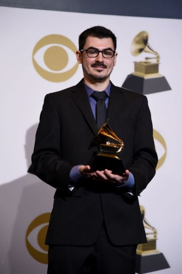 LOS ANGELES, CALIFORNIA - FEBRUARY 10: Julian Burg, winner of Best Engineered Album, Non-Classical for 'Colors', poses in the press room during the 61st Annual GRAMMY Awards at Staples Center on February 10, 2019 in Los Angeles, California. (Photo by Amanda Edwards/Getty Images)