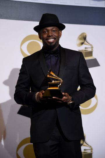 LOS ANGELES, CALIFORNIA - FEBRUARY 10: Larrance Dopson poses with award for Best R&B song in the press room during the 61st Annual GRAMMY Awards at Staples Center on February 10, 2019 in Los Angeles, California. (Photo by Amanda Edwards/Getty Images)