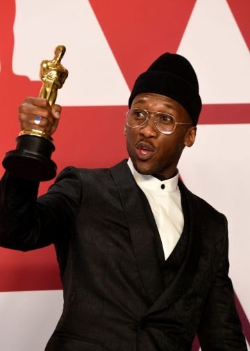 "HOLLYWOOD, CALIFORNIA - FEBRUARY 24: Mahershala Ali, winner of Best Supporting Actor for ""Green Book,"" poses in the press room during the 91st Annual Academy Awards at Hollywood and Highland on February 24, 2019 in Hollywood, California. (Photo by Frazer Harrison/Getty Images)"