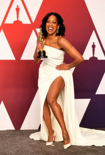 "HOLLYWOOD, CALIFORNIA - FEBRUARY 24: Actor Regina King, winner of the Best Actress in a Supporting Role award for ""If Beale Street Could Talk"" poses in the press room during at Hollywood and Highland on February 24, 2019 in Hollywood, California. (Photo by Frazer Harrison/Getty Images)"