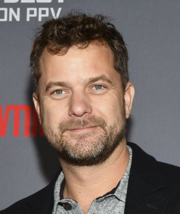 """Joshua Jackson attends the Heavyweight Championship of The World """"Wilder vs. Fury"""" Premiere at Staples Center on December 01, 2018 in Los Angeles, California. (Photo by Rodin Eckenroth/Getty Images)"""