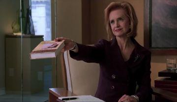 Swoosie Kurtz as Dr. Greenbaum in 'Cruel Intentions'