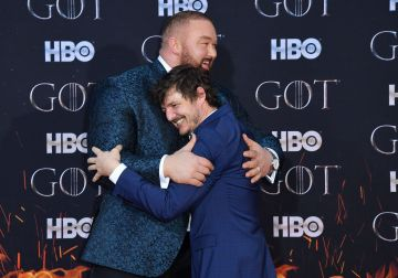 "Icelandic actor Hafthor Bjornsson (L) and Chilean actor Pedro Pascal (R) arrive for the ""Game of Thrones"" eighth and final season premiere at Radio City Music Hall on April 3, 2019 in New York city. (Photo by Angela Weiss / AFP)        (Photo credit should read ANGELA WEISS/AFP/Getty Images)"
