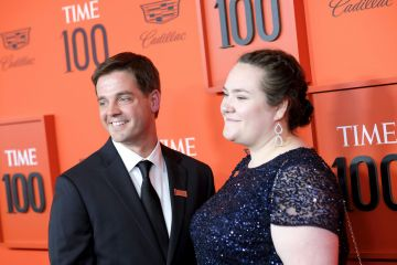 Emily Comer (R) attends the TIME 100 Gala Red Carpet at Jazz at Lincoln Center on April 23, 2019 in New York City. (Photo by Dimitrios Kambouris/Getty Images for TIME)