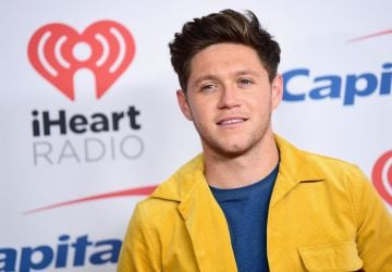 INGLEWOOD, CA - DECEMBER 01:  (EDITORIAL USE ONLY. NO COMMERCIAL USE)  Niall Horan poses in the press room during 102.7 KIIS FM's Jingle Ball 2017 presented by Capital One at The Forum on December 1, 2017 in Inglewood, California.  (Photo by Emma McIntyre/Getty Images for iHeartMedia)