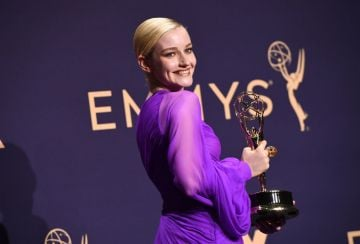 "US actress Julia Garner poses with the Emmy for Outstanding Supporting Actress In A Drama Series ""Ozark"" during the 71st Emmy Awards at the Microsoft Theatre in Los Angeles on September 22, 2019. (Photo by Robyn Beck/Getty Images)"