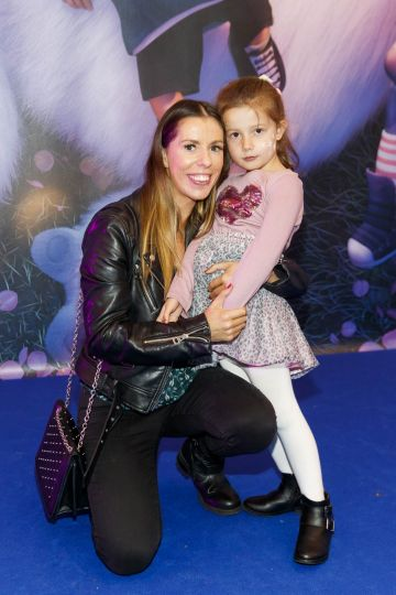 Karen and Erin McGreggor (4) pictured at a special preview screening of DreamWorks Animation ABOMINABLE at Odeon Point Square, Dublin. Picture Andres Poveda