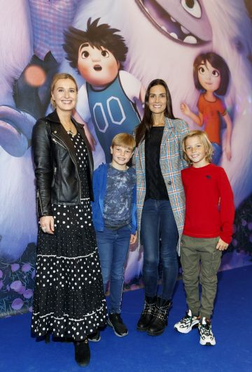 Roxane Parker, Daniel Lynch (8) with Alison Canavan and son James (9) pictured at a special preview screening of DreamWorks Animation ABOMINABLE at Odeon Point Square, Dublin. Picture Andres Poveda