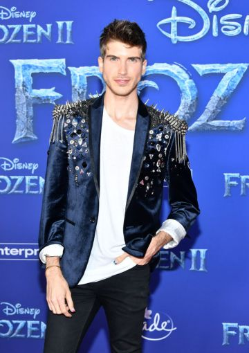 """Joey Graceffa attends the premiere of Disney's """"Frozen 2"""" at Dolby Theatre on November 07, 2019 in Hollywood, California. (Photo by Amy Sussman/Getty Images)"""