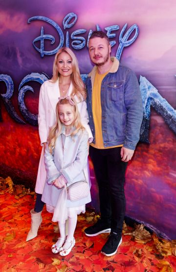 "Kerri Nicole Blanc and Keith Malone with daughter Kayla pictured at the special preview screening of Disney's ""Frozen 2"" at the Light House Cinema, Dublin.  Picture Andres Poveda"
