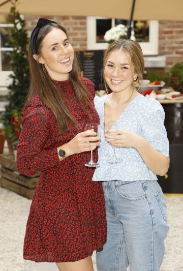 Jenny Mulvin and Lizzie Fearns at the Centra 'Wines We Love' event in Dublin. Photo: Kieran Harnett