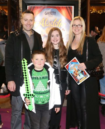 Pictured are (LtoR) Keith and Mairead Barry with kids Breanna and Braden at the official opening of the Gaiety Theatre Christmas Panto, Aladdin. Aladdin opens at the Gaiety Theatre Sunday 24th November. Photo: Sasko Lazarov/Photocall Ireland