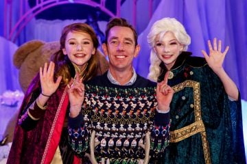 Ryan Tubridy with ANNA aka Cleo Griffin (13) from Nenagh Co Tipperary and ELSA aka Anna Kearney (13) from Foxrock Co Dublin and children from the Spotlight stage school at the set reveal for The Late Late Toy Show 2019 which will take place on Friday 29th November at 9:35pm on RTÉ One. Picture: Andres Poveda