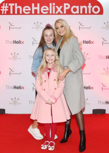 Pictured are (LtoR) Kerri Nicole Blanc and daughter Kayla Blanc and niece Ava Fairbrother-Blanc at the opening night of The Three Musketeers at The Helix.  Photo: Sasko Lazarov/Photocall Ireland