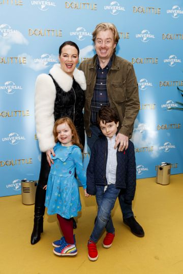 Triona McCarthy with Will White with kids Mini and Max pictured at the Universal Pictures special preview screening of Dolittle at Odeon Point Square, Dublin.