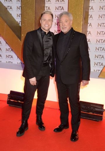 Olly Murs and Sir Tom Jones attend the National Television Awards 2020 at The O2 Arena on January 28, 2020 in London, England. (Photo by Dave J Hogan/Getty Images)