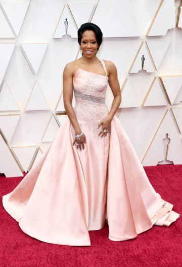 Regina King attends the 92nd Annual Academy Awards at Hollywood and Highland on February 09, 2020 in Hollywood, California. (Photo by Kevin Mazur/Getty Images)