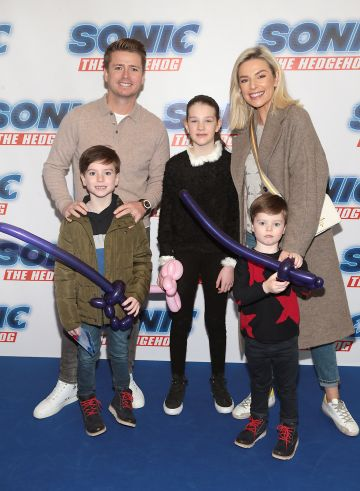 Brian Ormond and Pippa O Connor with Ollie Ormond, Louis Ormond and Zoe Houlihan at the special preview screening of Sonic the Hedgehog Movie at the Odeon Cinema in Point Square, Dublin. Pic: Brian McEvoy