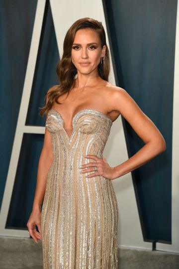 Jessica Alba attends 2020 Vanity Fair Oscar Party Hosted By Radhika Jones at Wallis Annenberg Center for the Performing Arts on February 09, 2020 in Beverly Hills, California. (Photo by Daniele Venturelli/WireImage,)