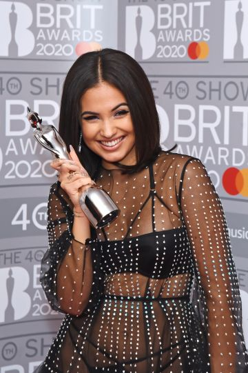 Mabel, winner of the Female Solo Artist award, poses in the winners room at The BRIT Awards 2020 at The O2 Arena on February 18, 2020 in London, England.  (Photo by David M. Benett/Dave Benett/Getty Images)