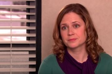 Jenna Fischer as Pam Beesly in NBC's The Office. @NBC All Rights Reserved.
