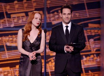 2006: Lauren Ambrose and Paul Rudd during 60th Annual Tony Awards  - Show at Radio City Music Hall in New York, New York, United States. (Photo by Stephen Lovekin/WireImage for Tony Awards Productions)