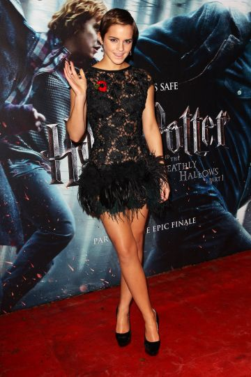 Emma Watson attends the World Premiere of Harry Potter And The Deathly Hallows: Part 1 held at The Odeon Leicester Square on November 11, 2010 in London, England. (Photo by Dave Hogan/Getty Images)