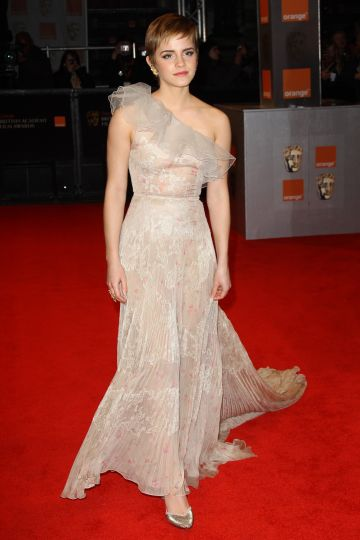 Emma Watson arrives at the Orange British Academy Film Awards 2011 held at The Royal Opera House on February 13, 2011 in London, England. (Photo by Dave Hogan/Getty Images)