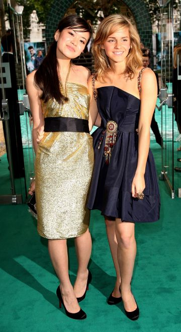 "Actresses Katie Leung (L) and Emma Watson arrive at the European premiere of ""Harry Potter And The Order Of The Phoenix"" at Odeon Leicester Square on July 3, 2007 in London, England. (Photo by Dave Hogan/Getty Images)"