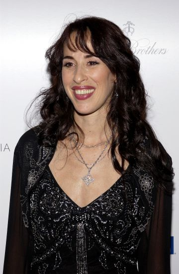 """Actress Maggie Wheeler arrives at """"What a Pair! 3"""" at UCLA's Royce Hall on April 8, 2005 in Westwood, California. Proceeds from the celebrity concert will go to the Revlon / UCLA Breast Center.  (Photo by Amanda Edwards/Getty Images)"""