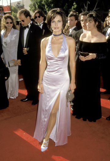 Courteney Cox pictured at the 47th Primetime Emmy Awards in 1995.(Photo by Jim Smeal/Ron Galella Collection via Getty Images)