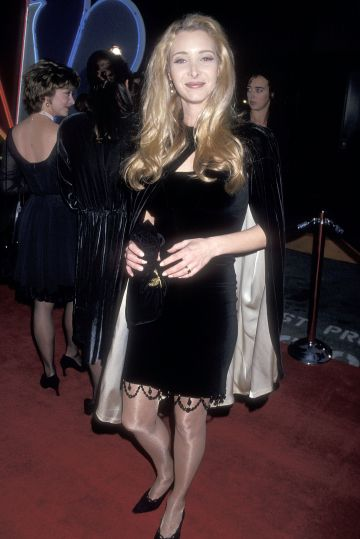 Actress Lisa Kudrow attends the First Annual Screen Actors Guild Awards on February 25, 1995 at the Sound Stage 12, Universal Studios in Universal City, California. (Photo by Ron Galella, Ltd./Ron Galella Collection via Getty Images)