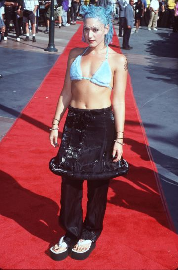Gwen Stefani pictuerd at the 1998 MTV Video Music Awards (Photo by Jeffrey Mayer/WireImage)