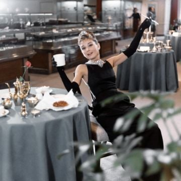 Actress Audrey Hepburn poses for a publicity still for the Paramount Pictures film 'Breakfast at Tiffany's' in 1961 in New York City, New York. (Photo by Donaldson Collection/Michael Ochs Archives/Getty Images)