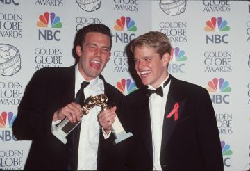 1998: Ben Affleck & Matt Damon pictured at the 55th Annual Golden Globe Awards (Photo by SGranitz/WireImage)