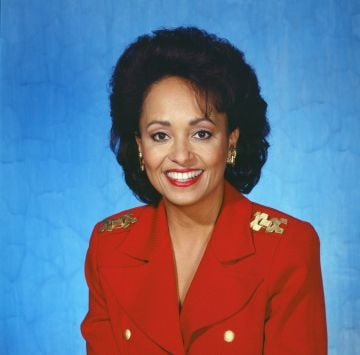 1993: Pictured: Daphne Reid as Vivian Banks -- Photo by: NBCU Photo Bank